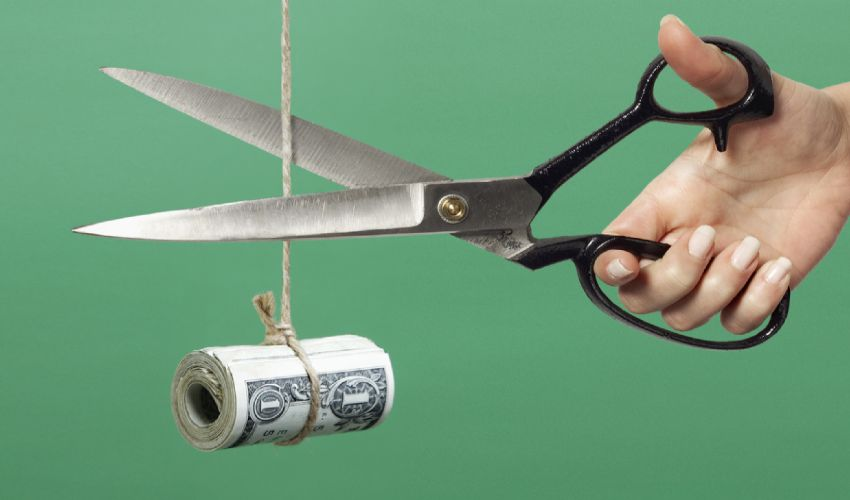 Forfettari, fuori subito dal regime i dipendenti oltre 30mila euro