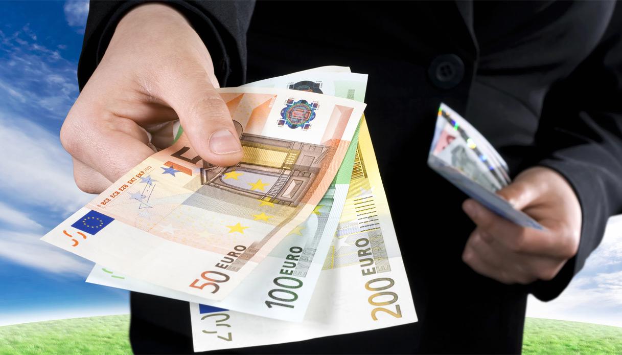 Limite per pagamento in contanti nel 2020 passa da 3000 a 2000 euro – le regole