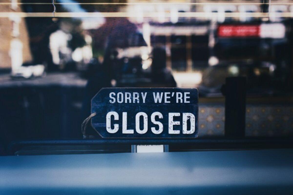 Niente retribuzione per i dipendenti di esercizi commerciali obbligati alla chiusura