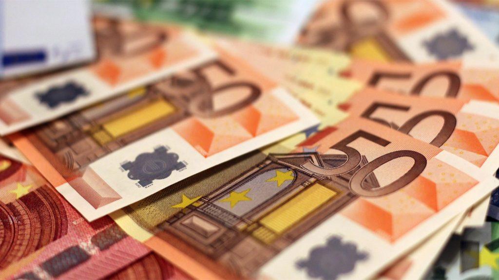 Contante oltre i 2mila euro in fuorigioco dal 1° luglio
